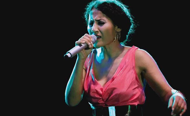 Aynur Doğan: Hissettiklerimin dili Kürtçe duygu bütün Türkiye!