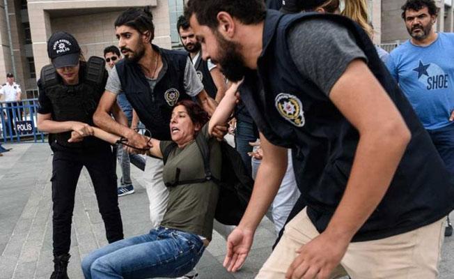 Çağlayan Adliyesi polis ablukasında: 'Nuriye ve Semih'in adı söylenmeyecek'