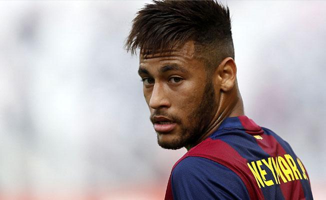 Futbol tarihinin en pahalı transferi: Neymar, PSG'de