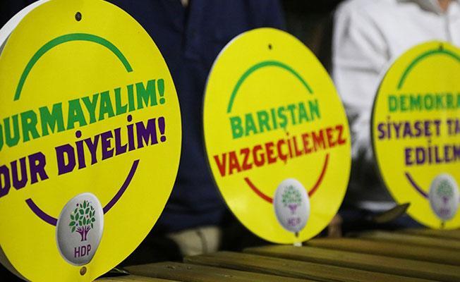 HDP ve CHP'li vekillerden İzmir'deki 'Vicdan ve Adalet Nöbeti'ne katılım çağrısı