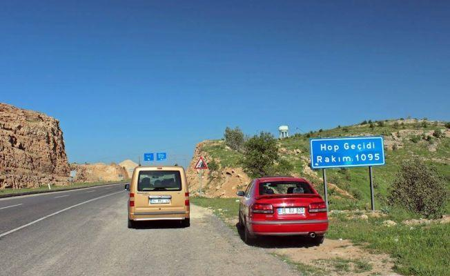 Mardin-Savur yolunda binlerce ağaç 'güvenlik' gerekçesiyle kesilecek