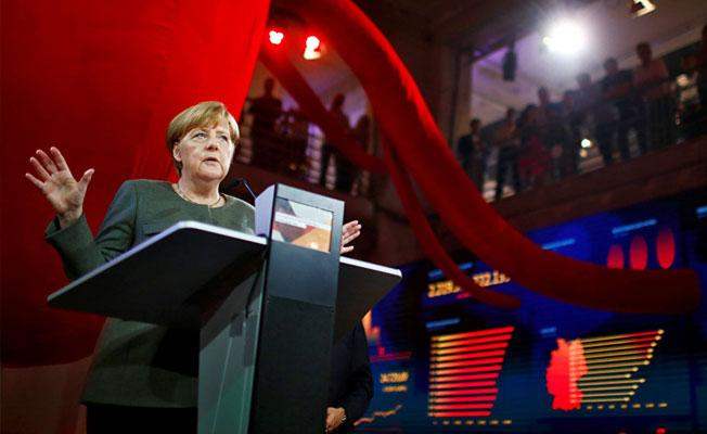 Merkel'den Erdoğan'ın 'seçim çağrısı'na tepki: Müsamaha göstermeyeceğiz