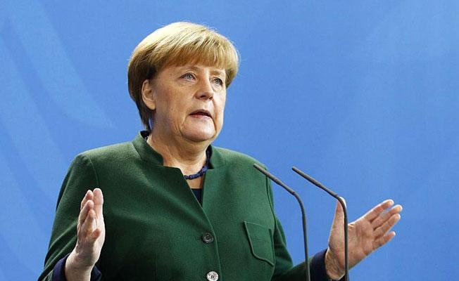 Merkel'den Türkiye'ye Interpol eleştirisi: Uluslararası teşkilatlar suistimal edilmemeli