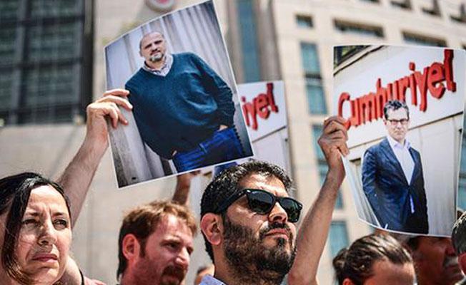 Tutuklu gazetecilerden mesaj: 'Organize bir suç örgütüyle karşı karşıyayız'