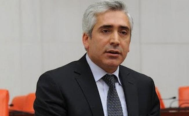 AKP'li Ensarioğlu: Kerkük'ün Arap bölgesinde kalması sorun olmuyor da Kürt bölgesinde kalması mı sorun oluyor?
