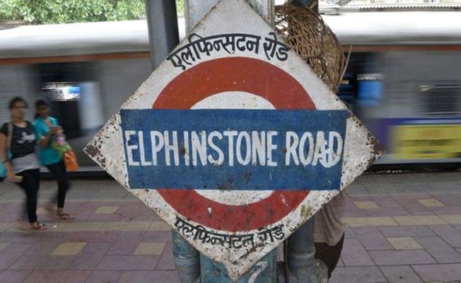 Hindistan'da tren istasyonu çıkışında izdiham: Çok sayıda ölü var