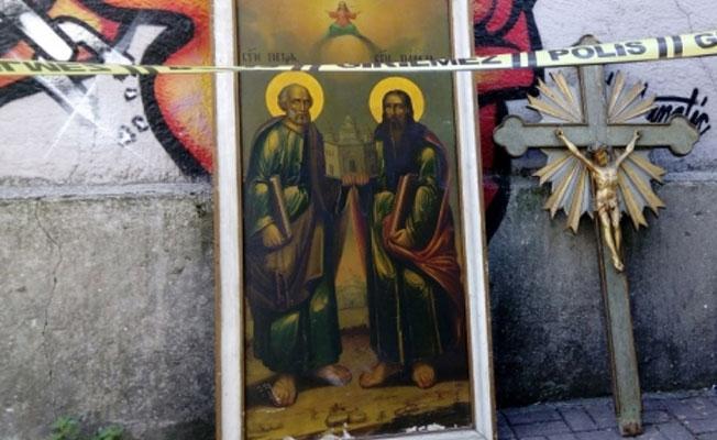 Karaköy Latin Katolik Kilisesi'nde hırsızlık: Haçı çaldılar