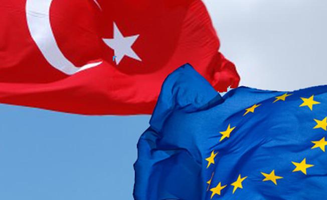 """""""Türkiye'nin AB üyeliği zaten bir hayaldi, müzakerelerin durdurulması Erdoğan için kurtuluş olur"""""""