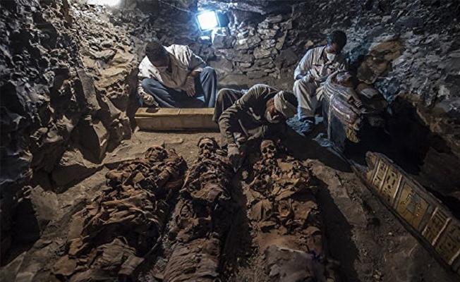 Mısır'da yeni bir antik mezar bulundu