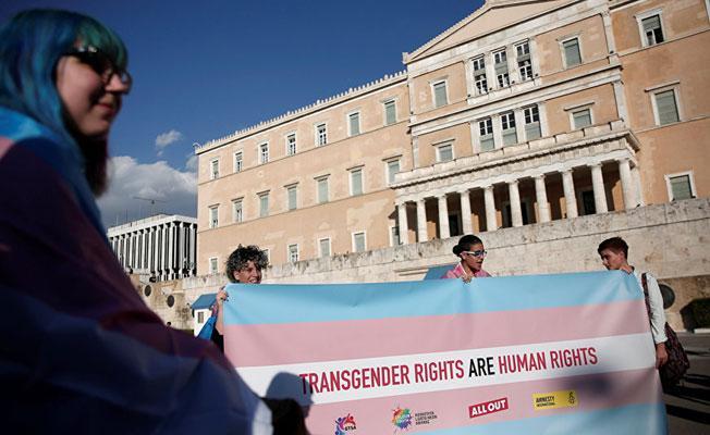 Yunanistan, cinsiyet değiştirme hakkını tanıdı