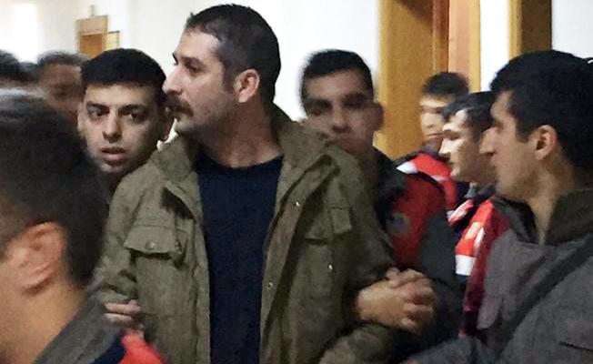 DİSK Genel-İş üyeleri tutuklu arkadaşları Ulaş Kantarcı'ya mektup gönderiyor