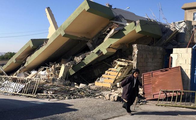 İran'da 7.3'lük depremde ölenlerin sayısı 530'a yükseldi