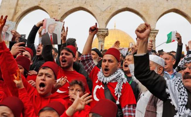 İsrail'de gözaltına alınan 3 Türkiye vatandaşı serbest bırakıldı
