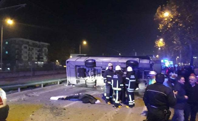 Bursa'da işçi servisi kaza yaptı: 4 işçi öldü, 11 yaralı