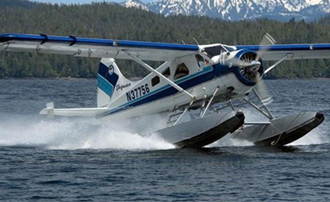 Deniz uçağı düştü: 6 ölü