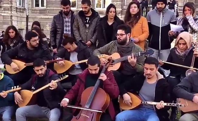 İTÜ'de dağıtılan 'Müzik haramdır' bildirisine müzikli protesto