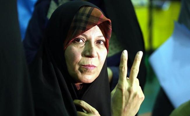 Rafsancani'nin kızı Haşimi: Başörtüsünün mecburi olmasına karşıyım