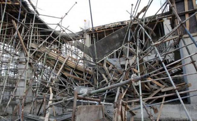Viranşehir'de inşaat çöktü: 3 işçi yaralandı