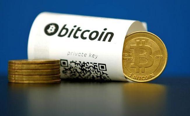 Bitcoin, 10 bin doların altına indi