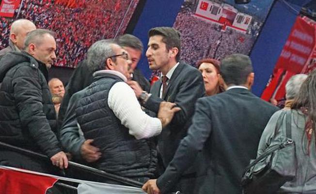 CHP İstanbul Kongresi'nde gerginlik