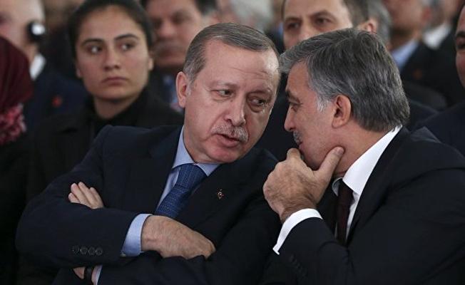 'Erdoğan kavganın işine yaracağını düşünüyor, Gül'le ipleri germeyi sürdürecek'