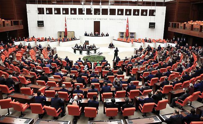 HDP'nin yer almadığı ortak öneriyle Meclis yeniden tatile girdi