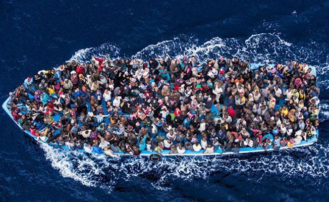 Libya kıyılarında 100'e yakın mülteci kayıp