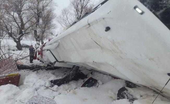 Muş'ta trafik kazası: 6 kişi hayatını kaybetti