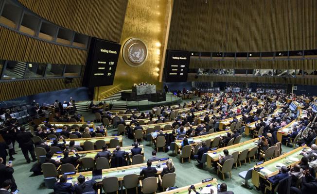 Libya ve Venezuela'nın BM'de oy kullanma hakları donduruldu