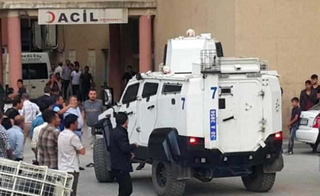 Polis aracı zırhlı araca çarptı: 1 polis hayatını kaybetti, 2 yaralı