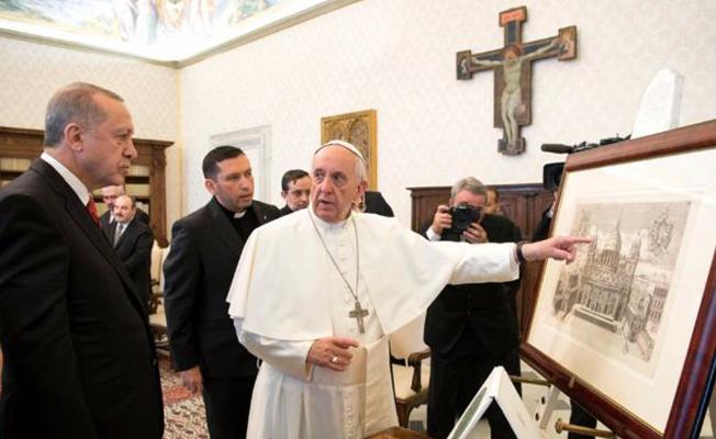 """Vatikan'dan """"Erdoğan Papa ile görüşmek için bağışta bulundu"""" iddiasına yanıt"""