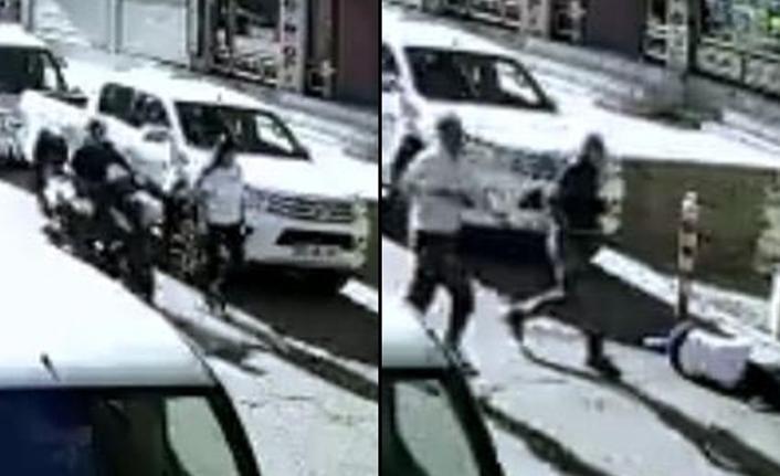 Yolda yürüyen kadına tekmeli saldırı