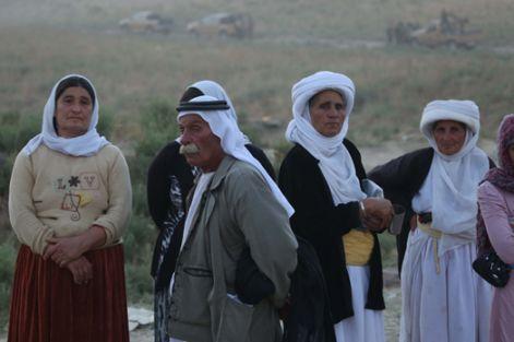 20 bin Şengalli Rojava'ya göç etti