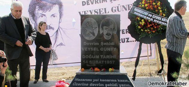 32 yıl sonra 'sembolik' anıt mezar