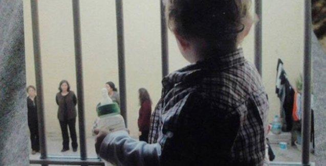 3 yaşındaki Ali'nin annesi: Cezaevinde gerçekleşmiş tek talebimiz oyuncak alabilmek oldu