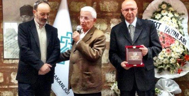 '44. Orhan Kemal Roman Armağanı' Hüsnü Arkan'a verildi