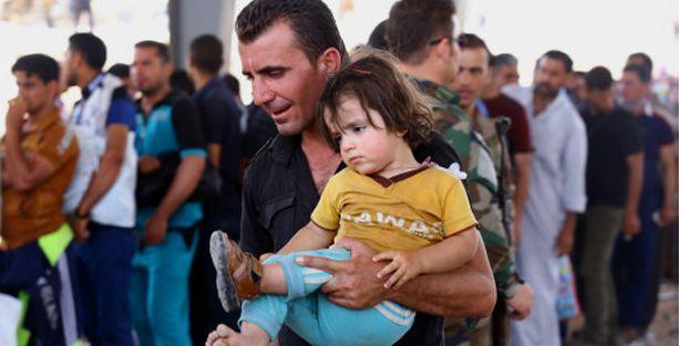 500 bin kişi Musul'u terk ediyor