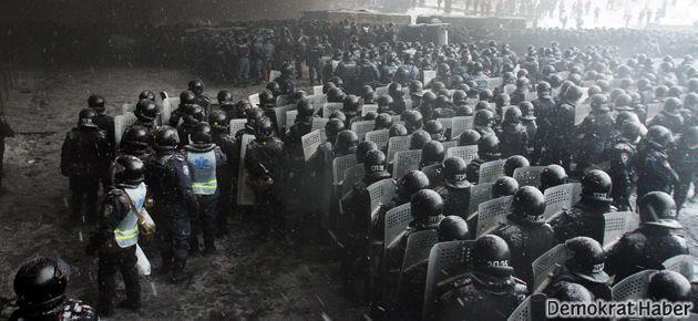 AB, Ukrayna'ya yaptırıma hazırlanıyor