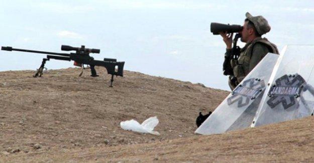 ABD'li senatör: Türkiye-Suriye sınırını NATO korusun