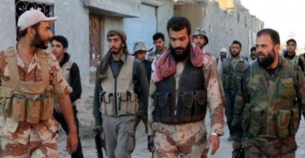ABD, Suriyeli isyancıların eğitimine başladı