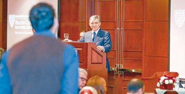 Abdullah Gül'e bir soru sordu ve hayatı altüst oldu