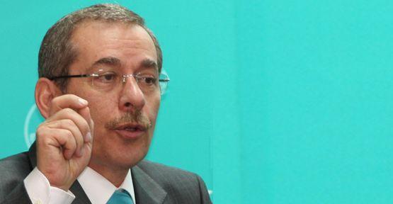 Abdüllatif Şener, Başbakan'a yüklendi
