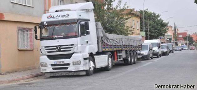 Adana'da bir TIR dolusu bomba ele geçirildi
