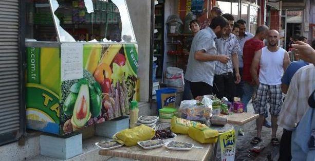 Adana'da Suriyeli esnafa satırlı saldırı