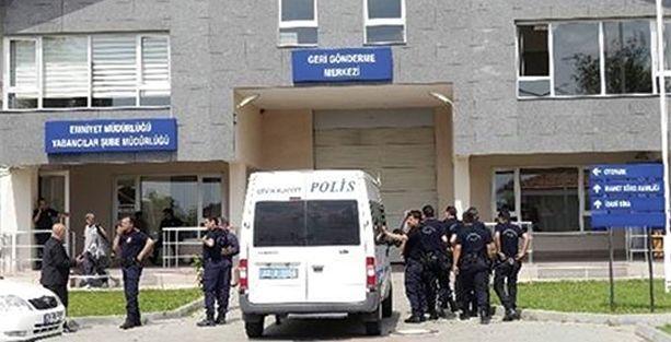 Afgan gencin ölümüne yol açan polisler tanıkların ifadesini de değiştirmiş!