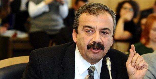 Sırrı Süreyya, 'anketlere dayanarak' HDP'nin oy oranını açıkladı