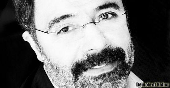 Ahmet Ümit 'RuhiSuYüz' sergisinde kitabını imzalayacak