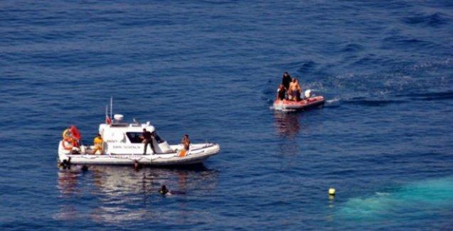 Akdeniz'de göçmen  faciası: Kayıp sayısı 300'e yükseldi