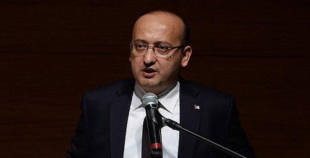 Akdoğan, 'Demirtaş ve KCK sürece zarar veriyor' dedi, Erdoğan'a toz kondurmadı