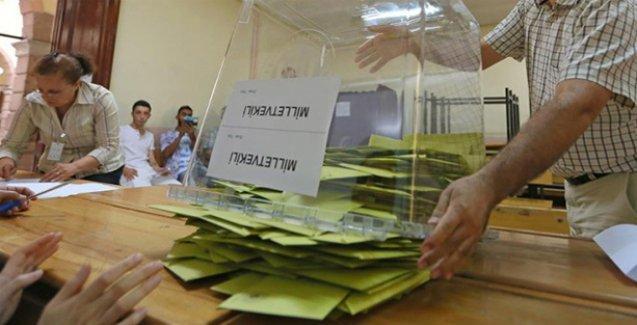 AKP, Diyarbakır'da düştü düşecek